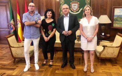 PRIMERA REUNIÓN DE AFAPNA CON EL NUEVO ALCALDE DEL AYUNTAMIENTO DE PAMPLONA