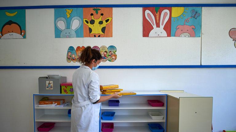 AFAPNA insta al Departamento de Educación a proporcionar mascarillas al profesorado